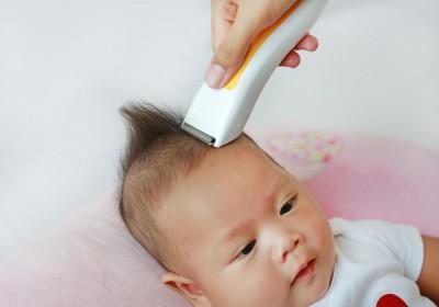 Menggunduli Bayi Baru Lahir, Benarkah Membuat Rambut Jadi Lebih Lebat?